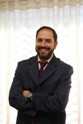 Dr. Luciano dos Santos - CRO/SP 71.556